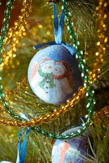 Organize Your Ornaments - A Free Gift  outtaspaceorganizing.com